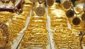 Altın Fiyatları Yatırımcıların Kafasını Karıştırdı
