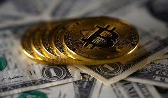 Bitcoin Fiyatlarını Bekleyen Tehlike: Altın ve Dolar!