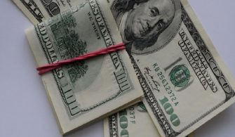 Dolar Yılın İlk İşlem Haftasına Sert Düşüşle Başladı