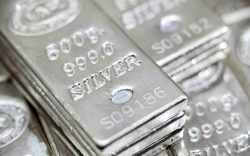Fonlar Rekora Koştu, Gümüş Yine De Değer Kaybetti