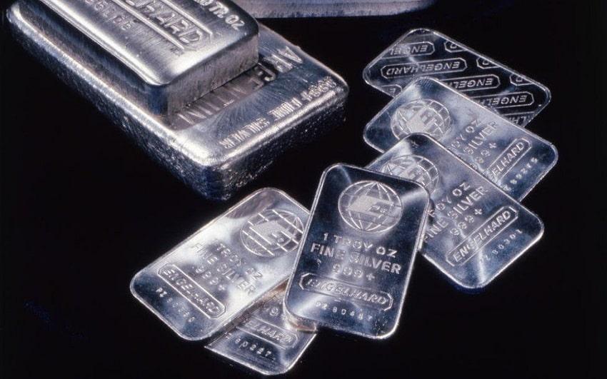 """Gümüş Yatırımcıları """"Köpekbalıklarına"""" Karşı"""